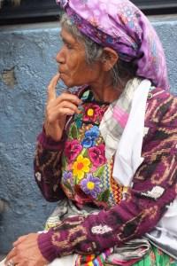 Mujer maya guatemalteca. Ciudad de Guatemala. OI