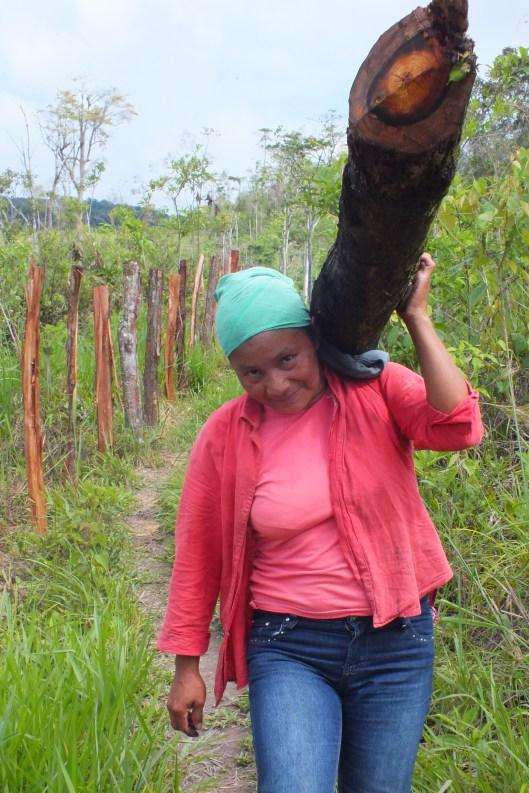 mujer indígena pech